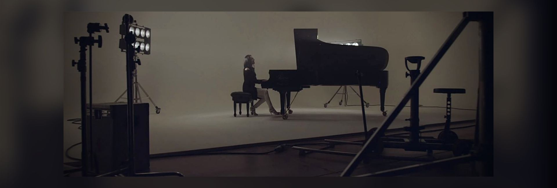 """FREEDOM"" – SILVIA NAIR Title track di ""El numero nueve – Gabriel Batistuta"""